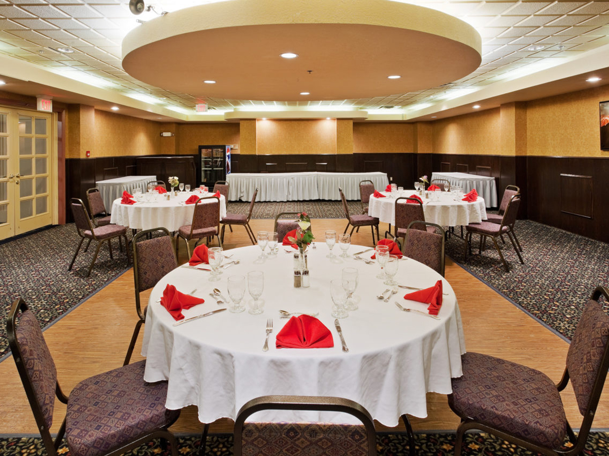 Banquet Center at Holiday Inn Hinton